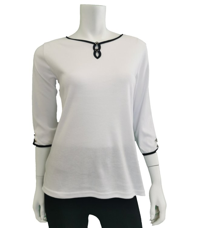 3/4 sleeve white top with black block detail