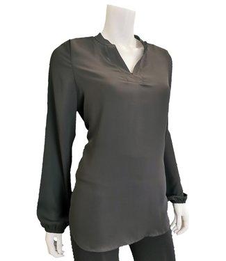 DKR Apparel Long Sleeve V-Neck Blouse