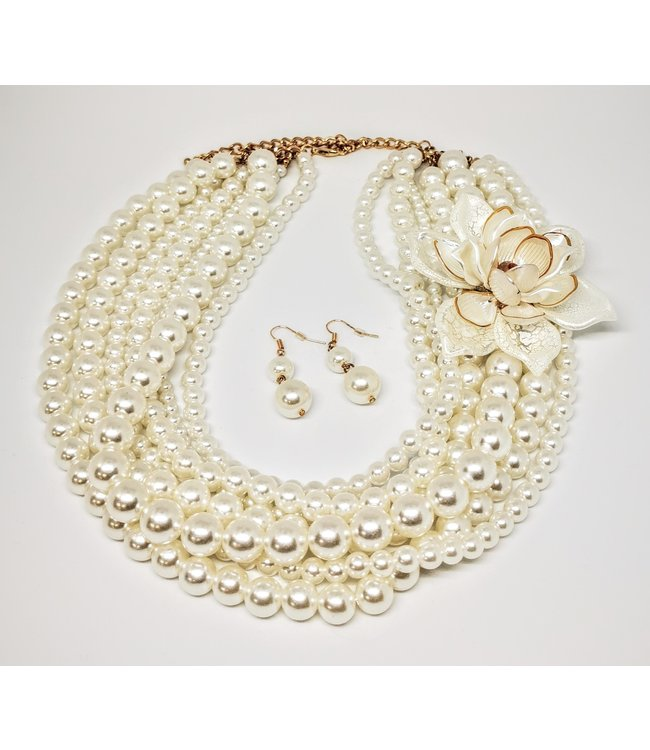 Flower Pearl Necklace With Earrings