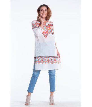 Nu Look Fashions 3/4 Sleeve Tunic Style Top