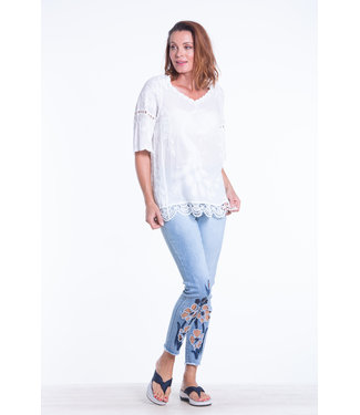 Nu Look Fashions 3/4 Sleeve Tunic Style Top with Lace Detail