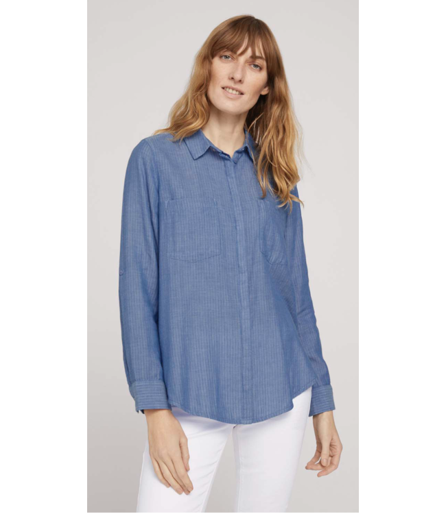Shirt blouse with turn-up sleeves
