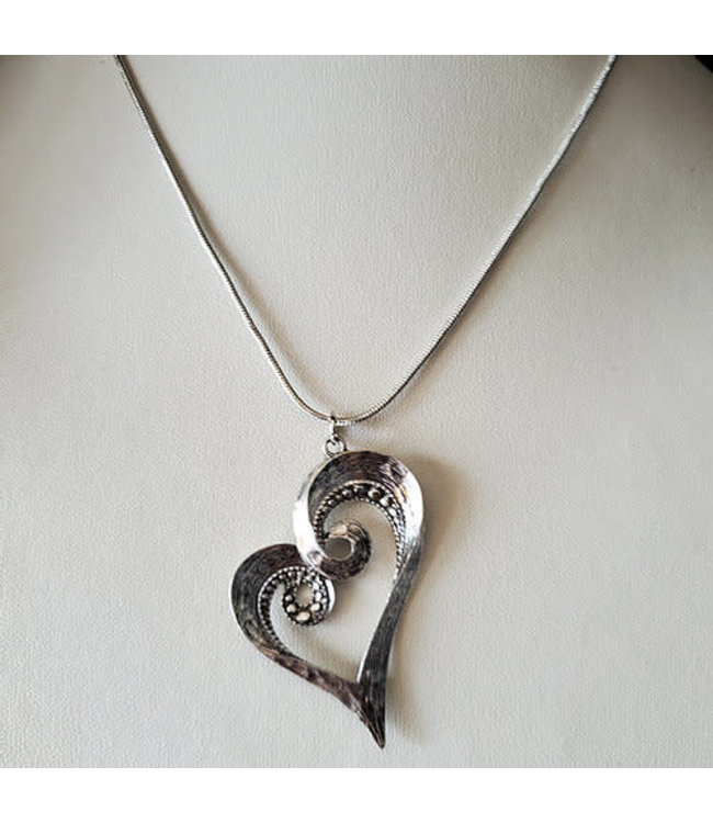 CURLED BLING HEART NECKLACE W/ EARRINGS