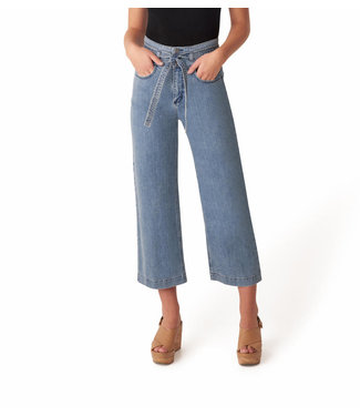 SILVER JEANS BELTED CROP UNIVERSAL FIT HIGH RISE WIDE LEG