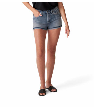 SILVER JEANS AVERY HIGH RISE CURVY SHORT