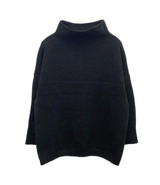 RD International Ladies Knit Sweater