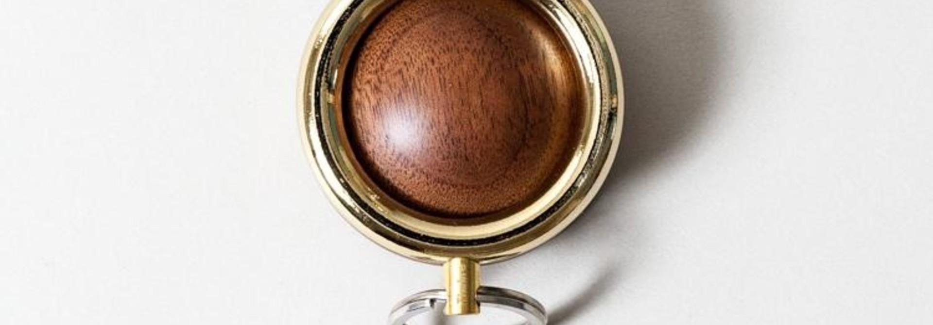 Timbre WAKKA Key Holder - Gold/Walnut