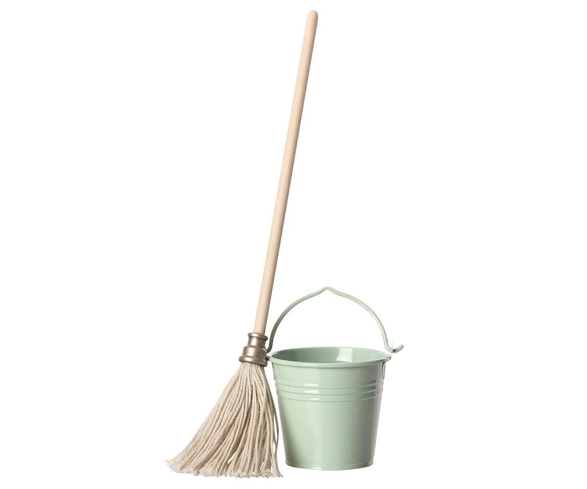 Bucket & Mop-1