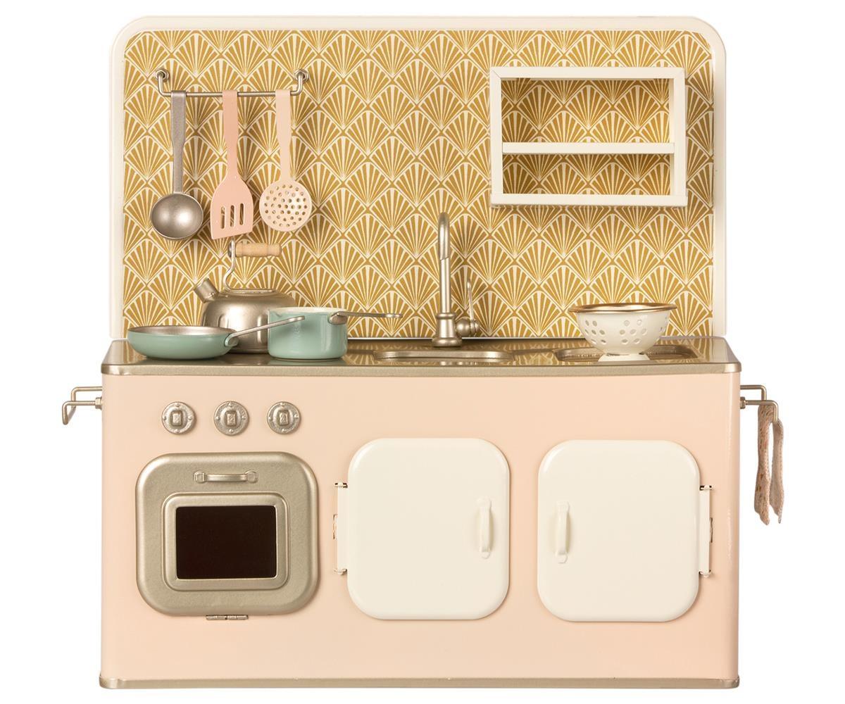 Kitchen & Utencils-1
