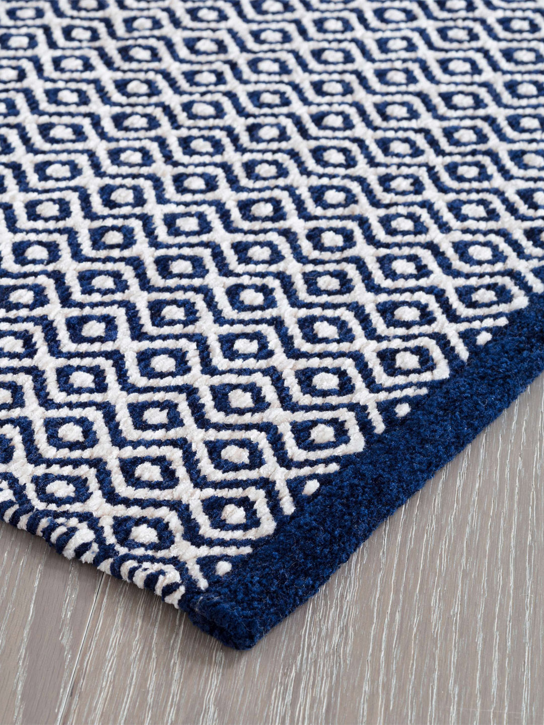 Facet Chenille Navy Indoor/Outdoor Rug-3