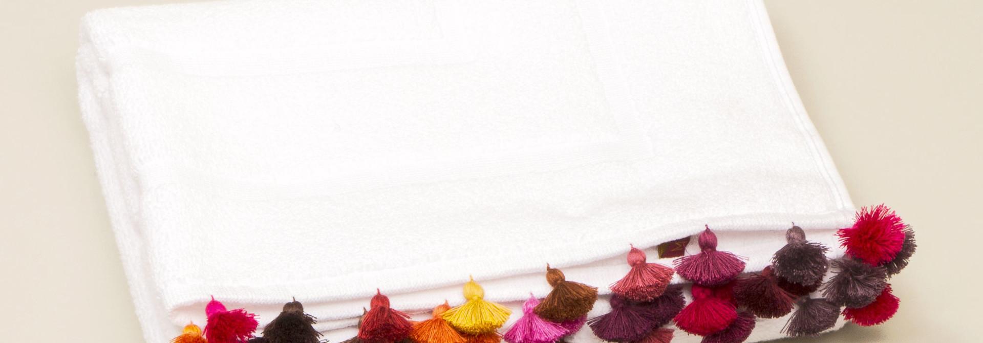 Duvet Cover King - White w/fringe - Bacci