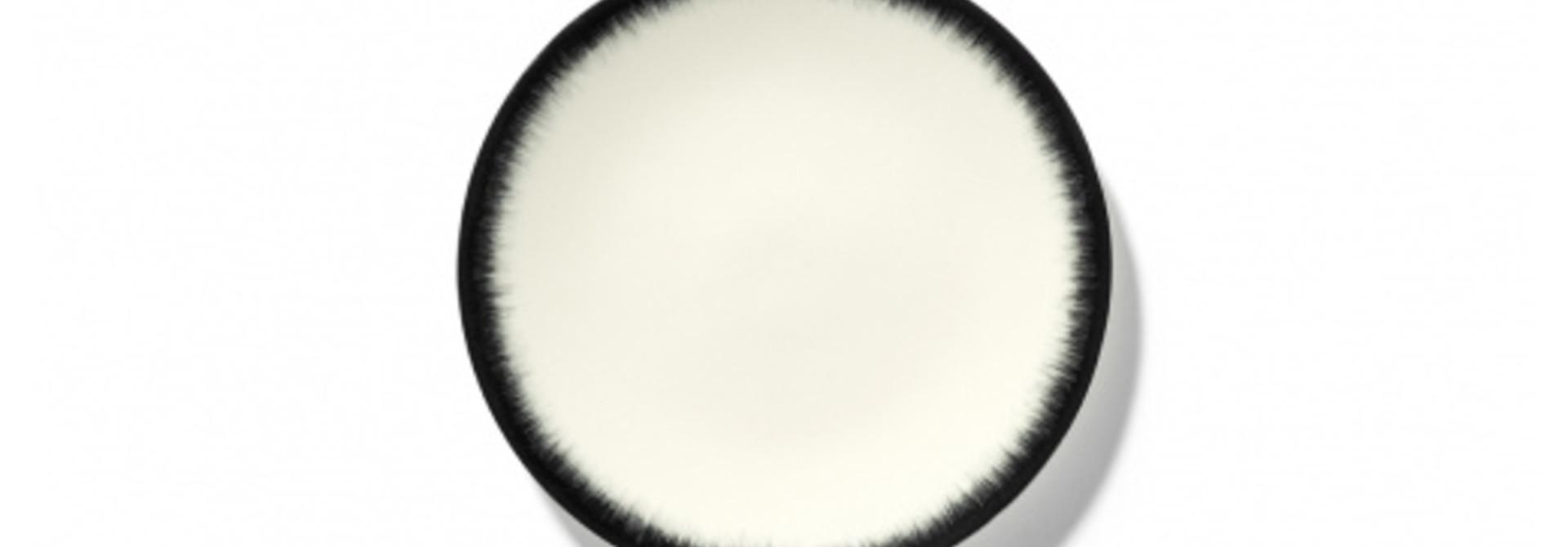 Side Plate - Off wh. w/blk - B4019301-Var 3