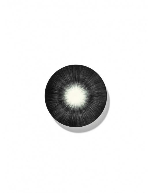 Plate - Off wh. w/blk - B4019303- Var. 5-1