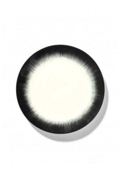 Plate - Off wh. w/blk - B4019318- Var. 4