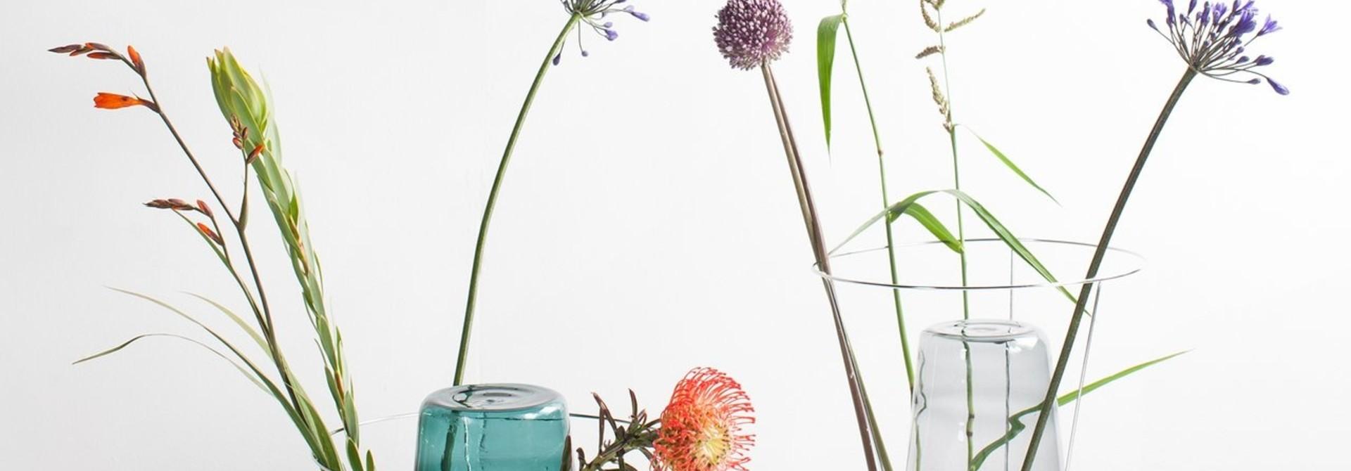 Hidden Vase - Grey