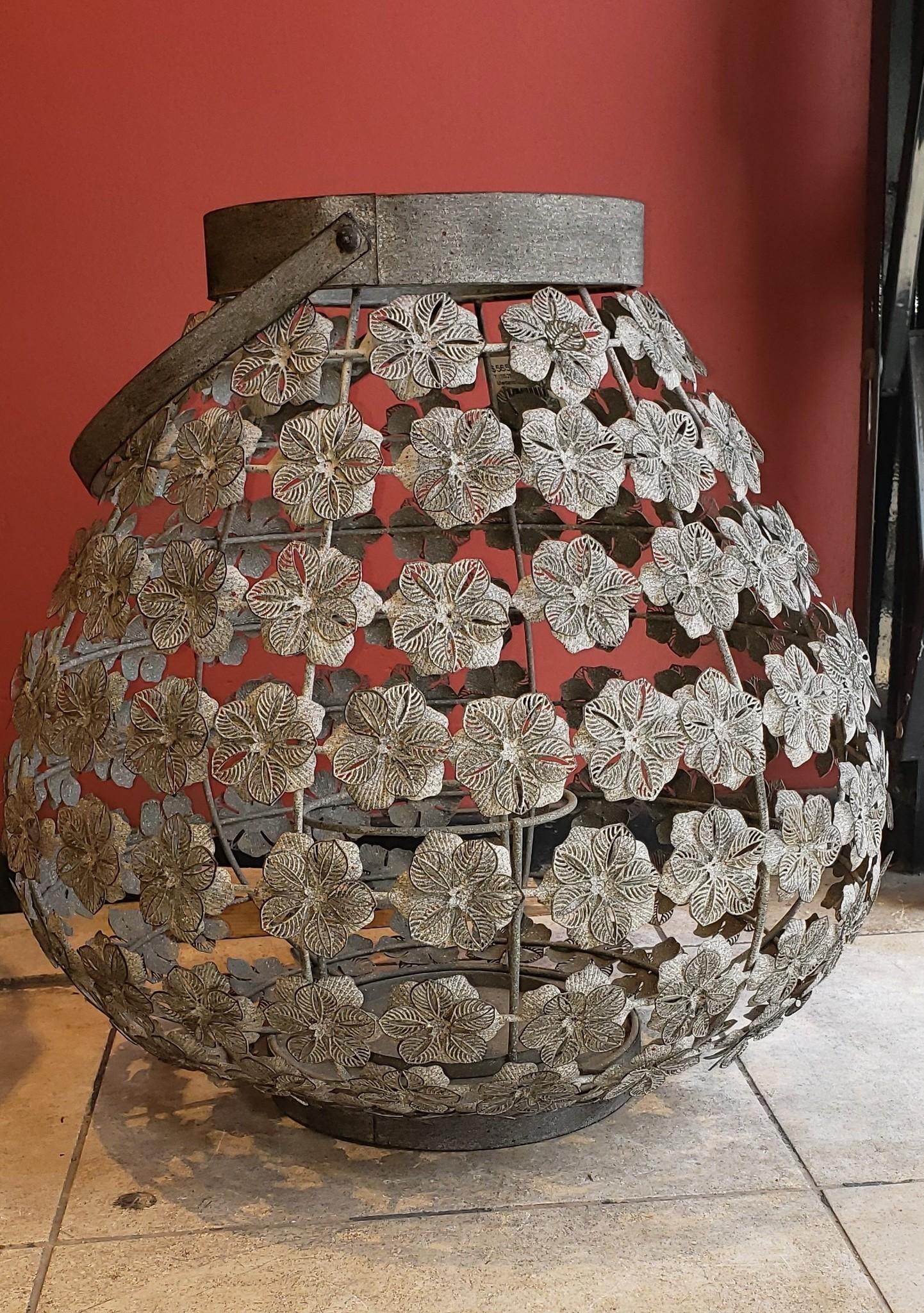 Lantern - Flowers - Med. Grey-1