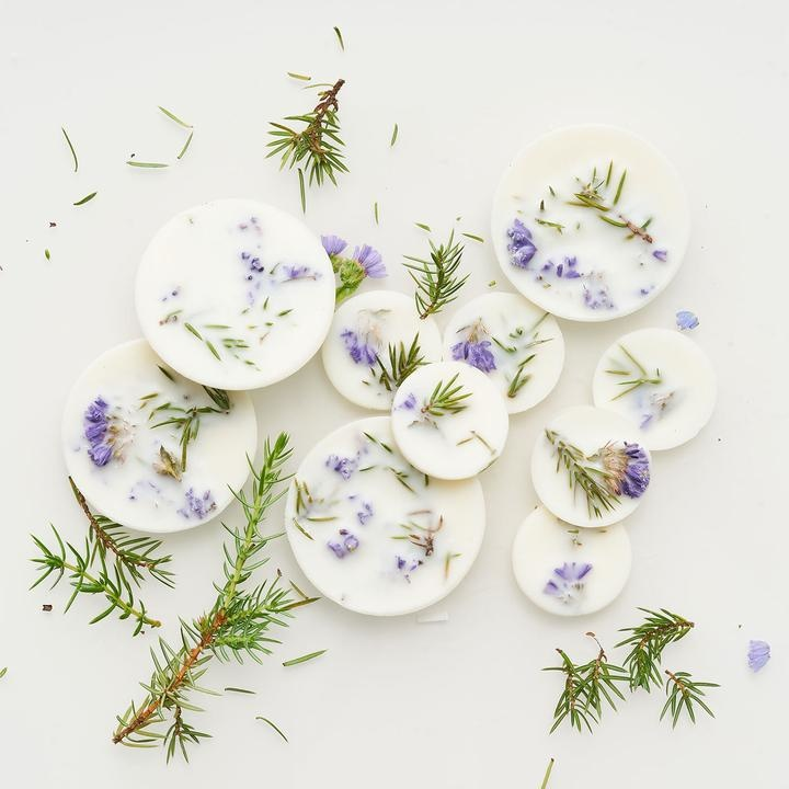 Juniper+Limonium Scented - Soy Wax Rounds-2