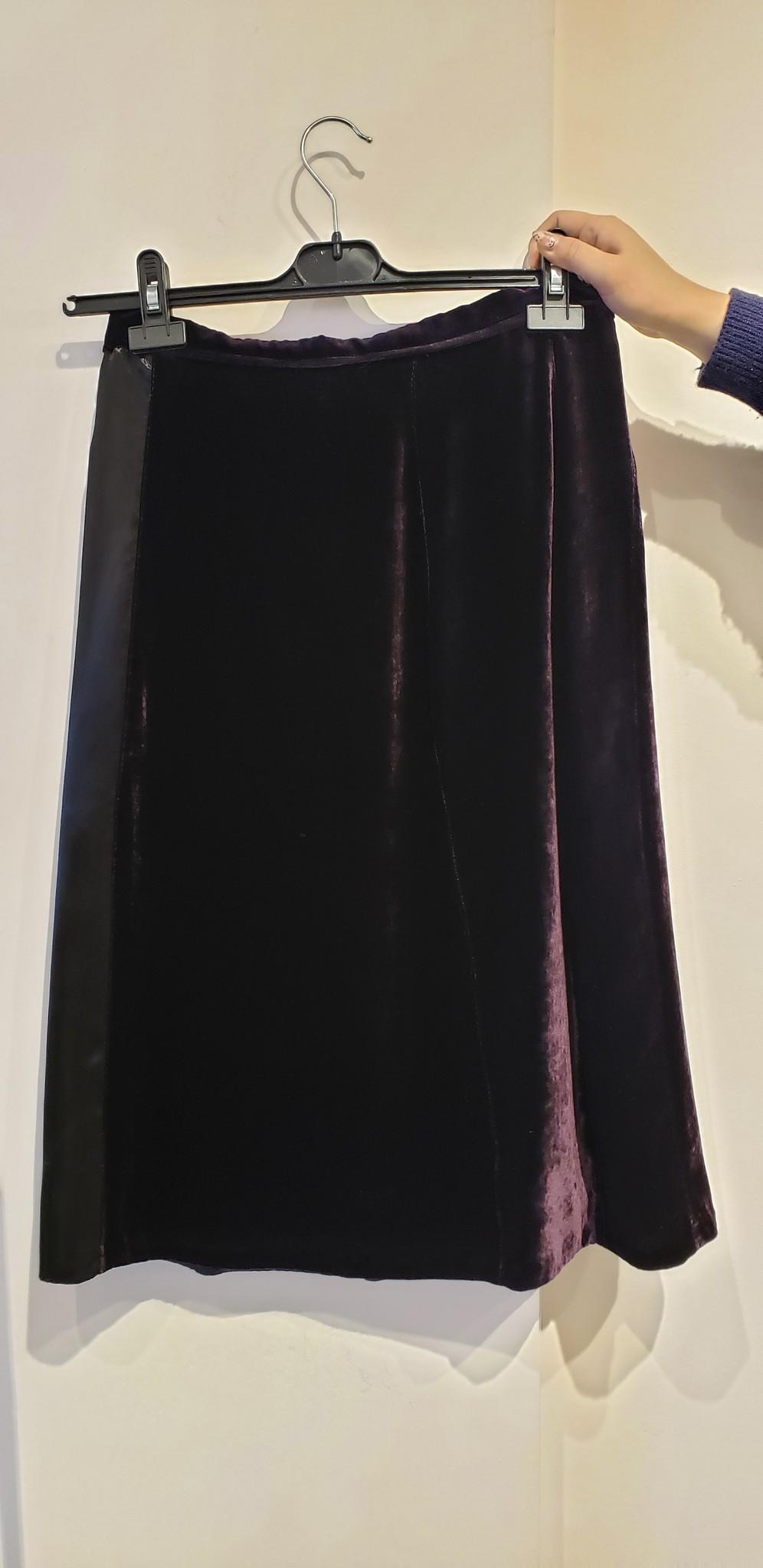 Velvet Skirt - w/silk panel - Sz 44-2