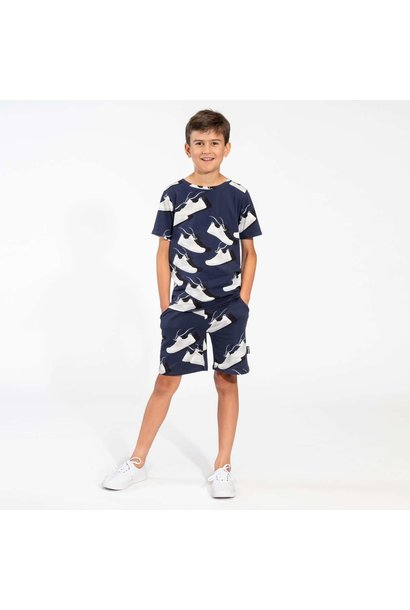 T-shirt + Short Set - Sneaker - Sz.  5/6  yrs.