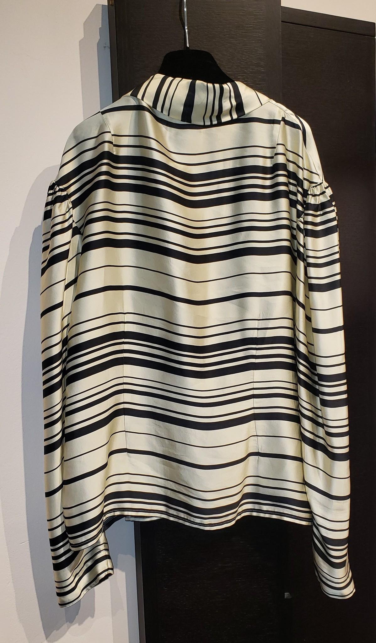 Wrap style blouse - Sz. 38-2