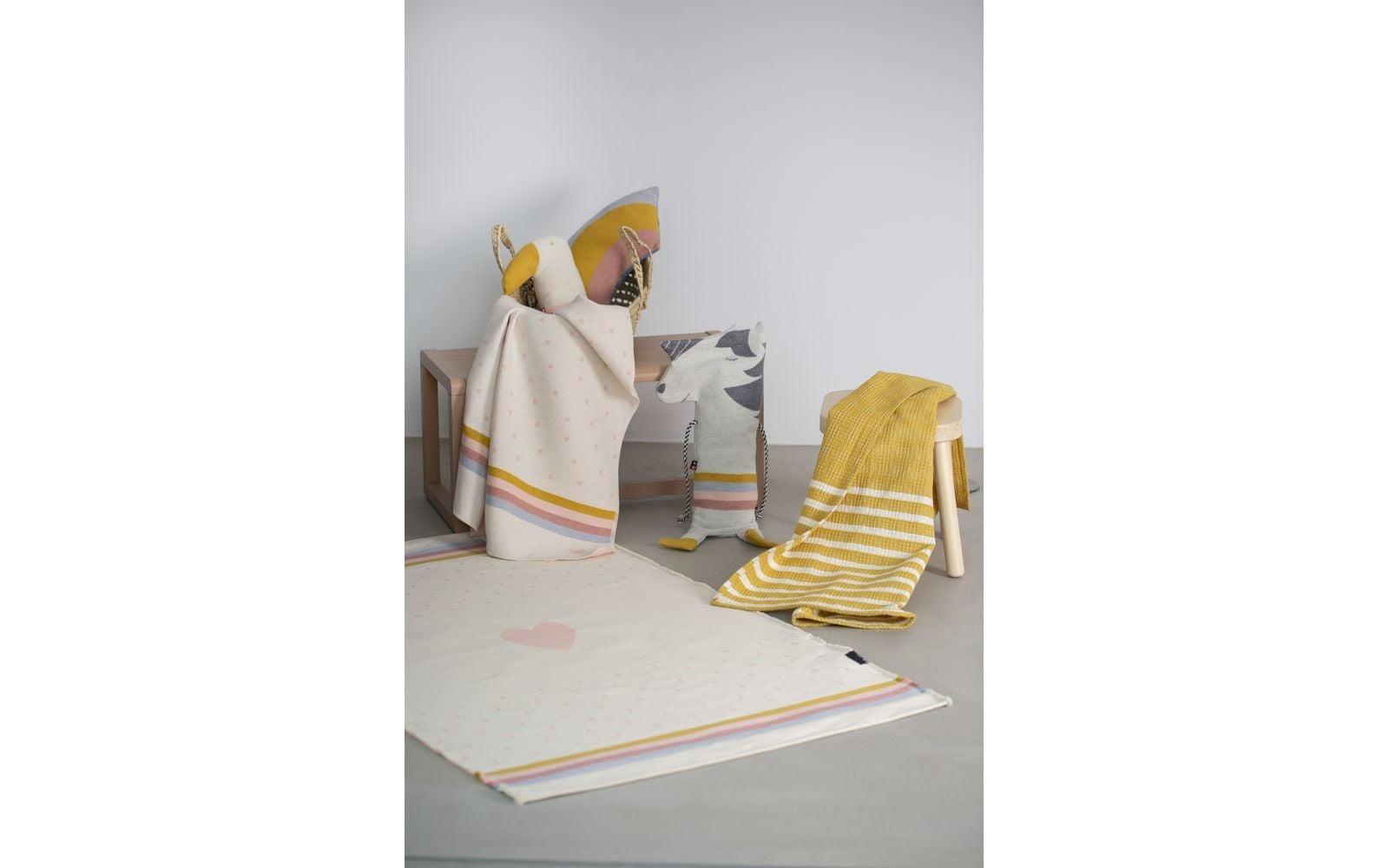 Blanket in Puppet - Unicorn-2