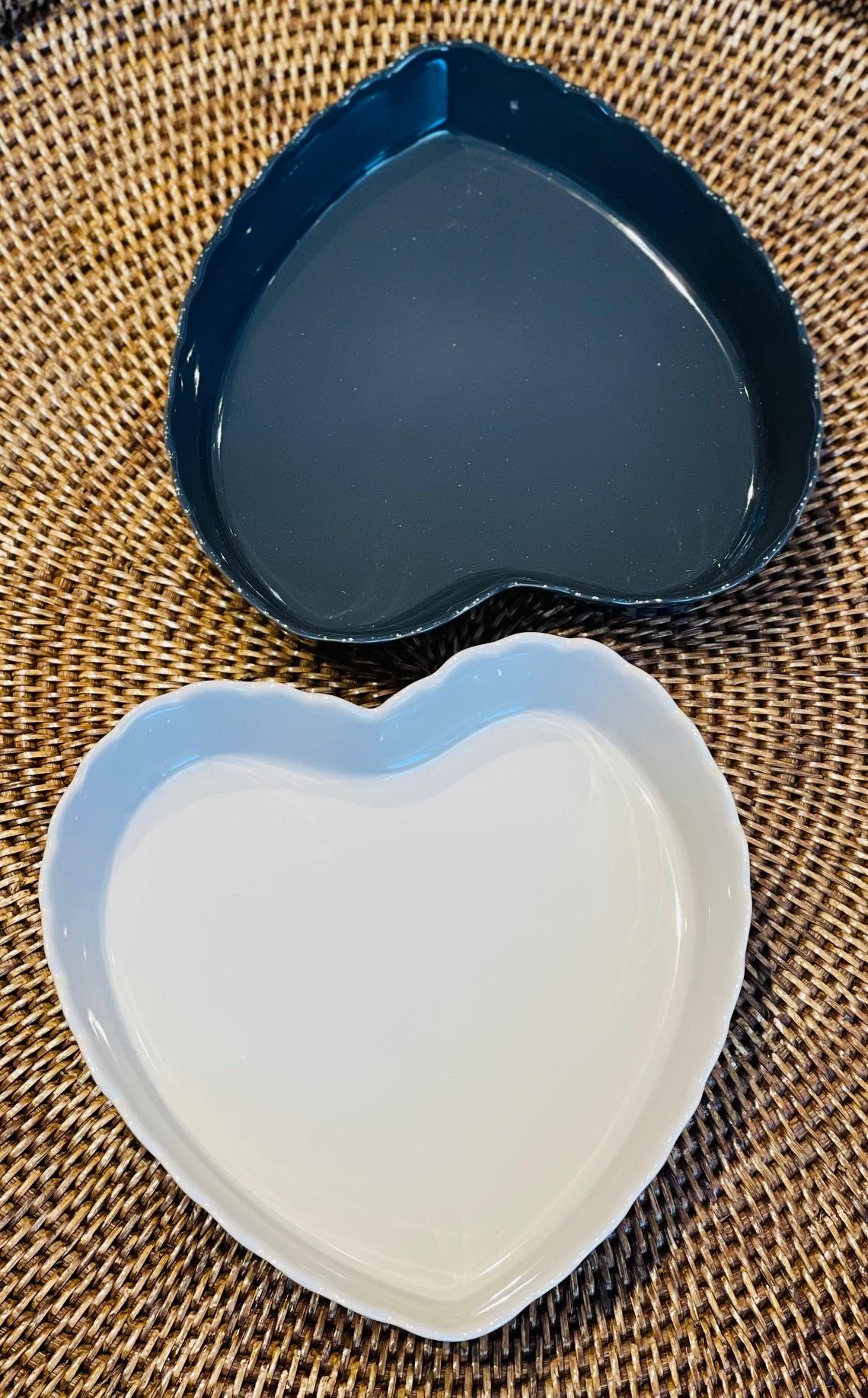 Feston Oven Dish - Heart - Dk Grey-1