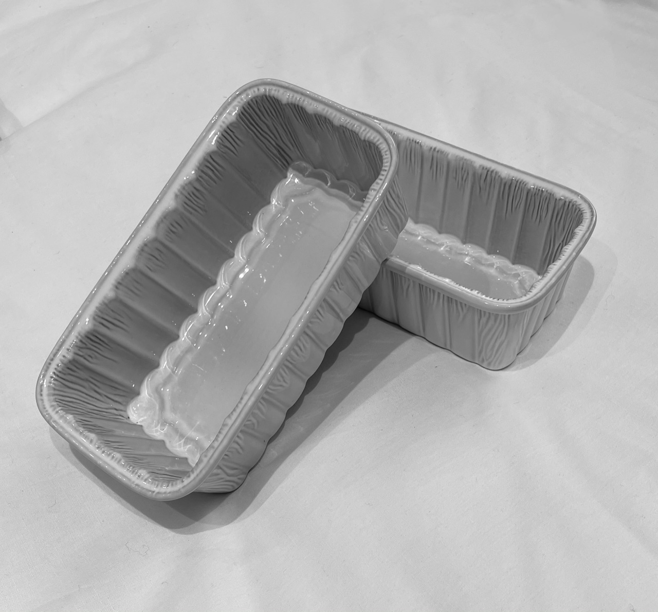 Feston Oven Dish - Fluted Loaf - White-1