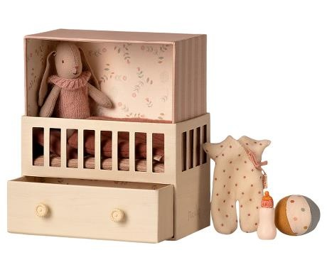 Baby Room with Micro Bunny-1