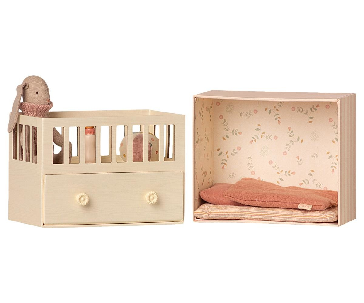 Baby Room with Micro Bunny-2