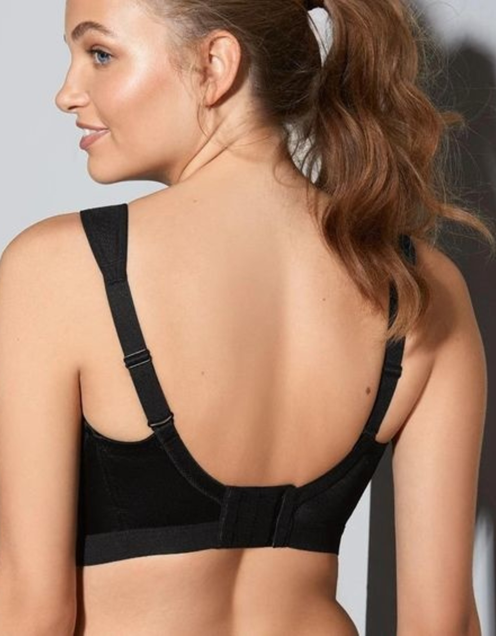 Shock Absorber D+ Sports Bra