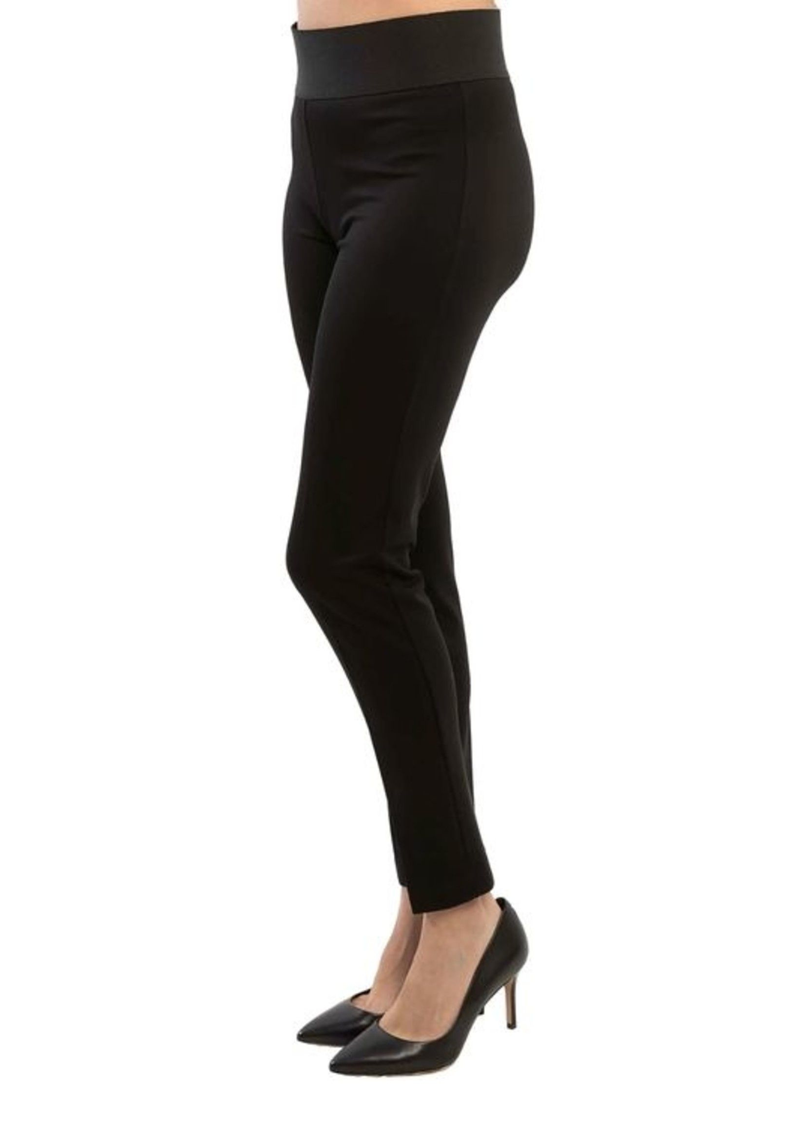 Arianne Roma Pant