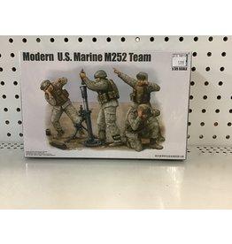 Trumpeter Modern US Marine M252 Team 1/35 Scale