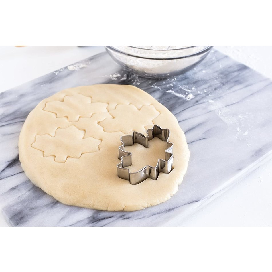 Fox Run Cookie Cutter, Maple Leaf 3""