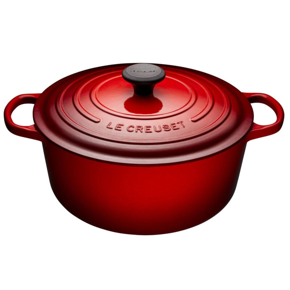 Le Creuset Le Creuset 6.7L Round French Oven Cherry