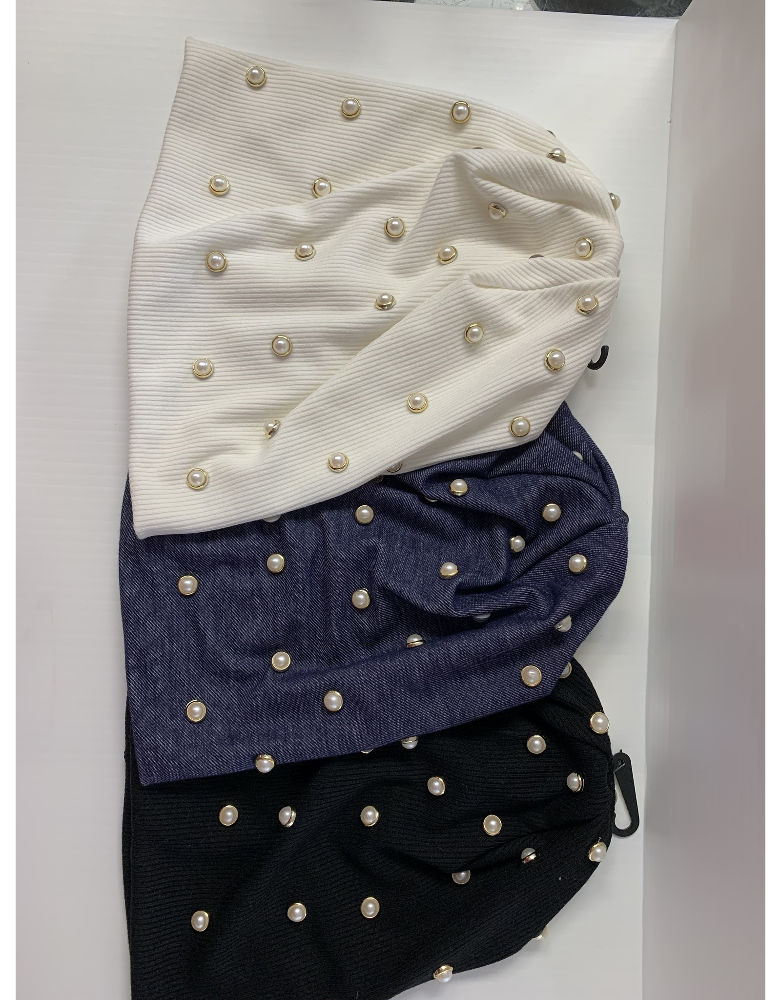 DaCee DaCee Beenie with Scattered White Stones