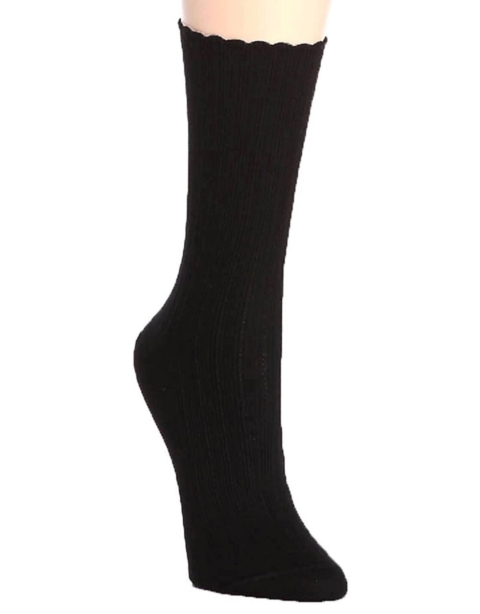 Hue Hue Women's Scalloped Pointelle Socks U2440