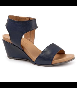 Bueno Ida Wedge Sandals