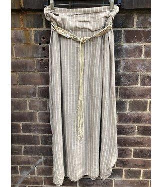 Angela Mara Beige Skirt with belt