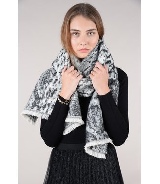 Molly Bracken Knitted scarf - panther