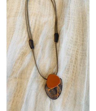 Zsiska Necklace - Grey / Rust