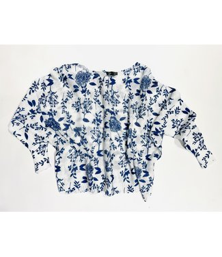 M Made in Italy Knit LS Top - White w Navy Floral