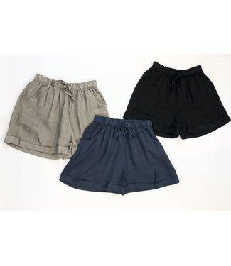 Pure Venice Cuffed Linen Shorts