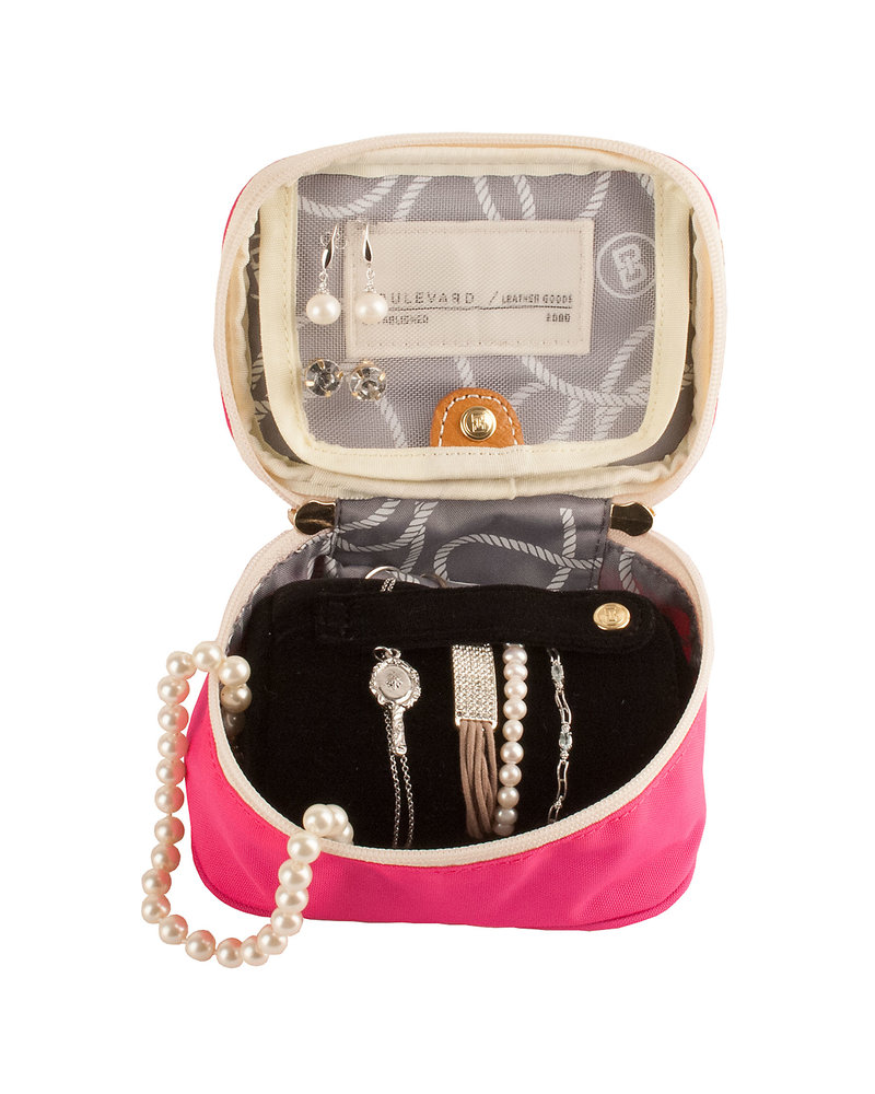 "Boulevard Zoe Pink Solid Jewelry Case ""Pretty Little Things"""