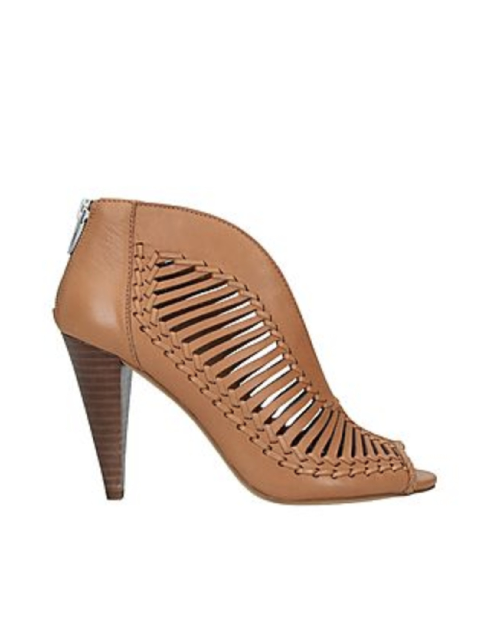 Vince Camuto Acha