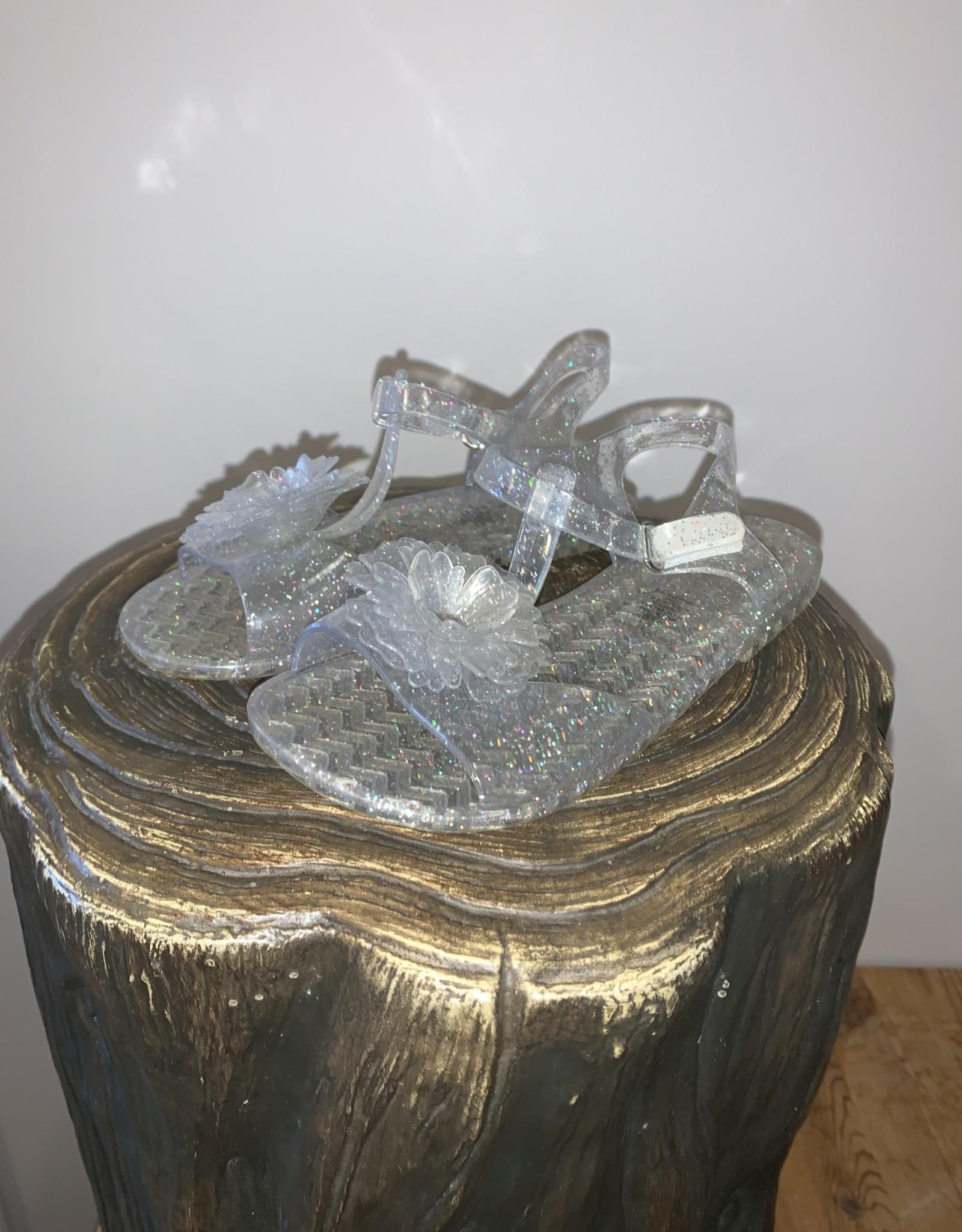Girls/11/Sandals