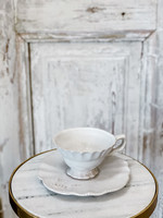 Yarnnakarn Teacup and Lilypad Saucer