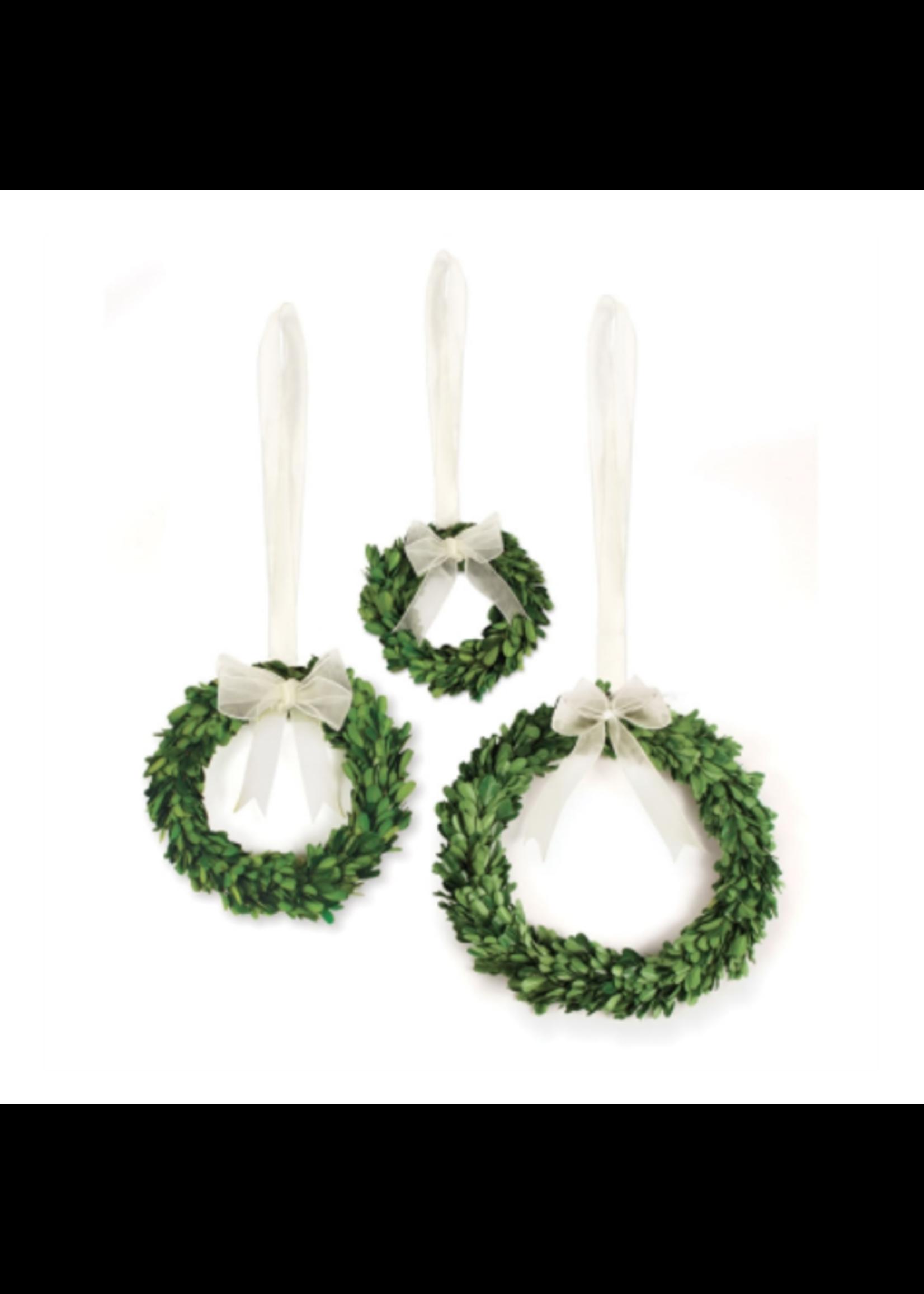 Boxwood Wreath - Medium