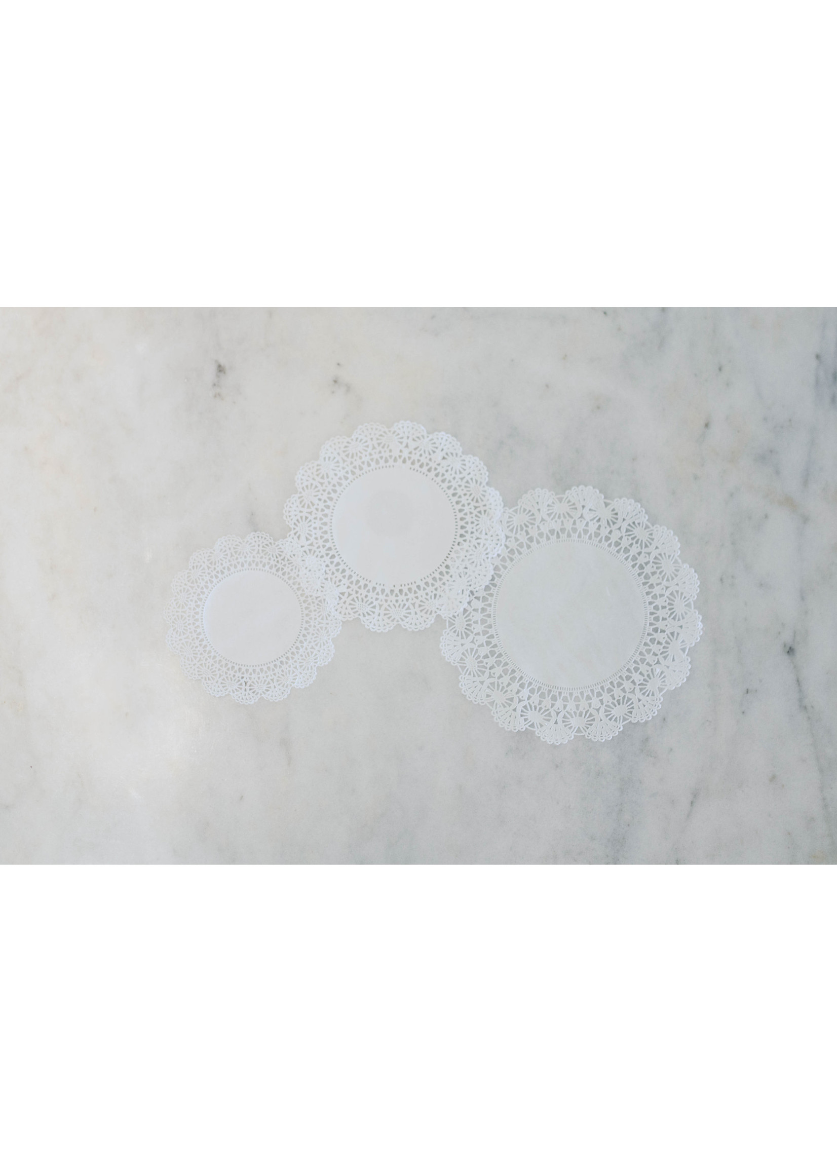 Hester & Cook Paper Doilies (pack of 18)
