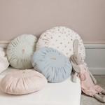 Pillows & Garlands