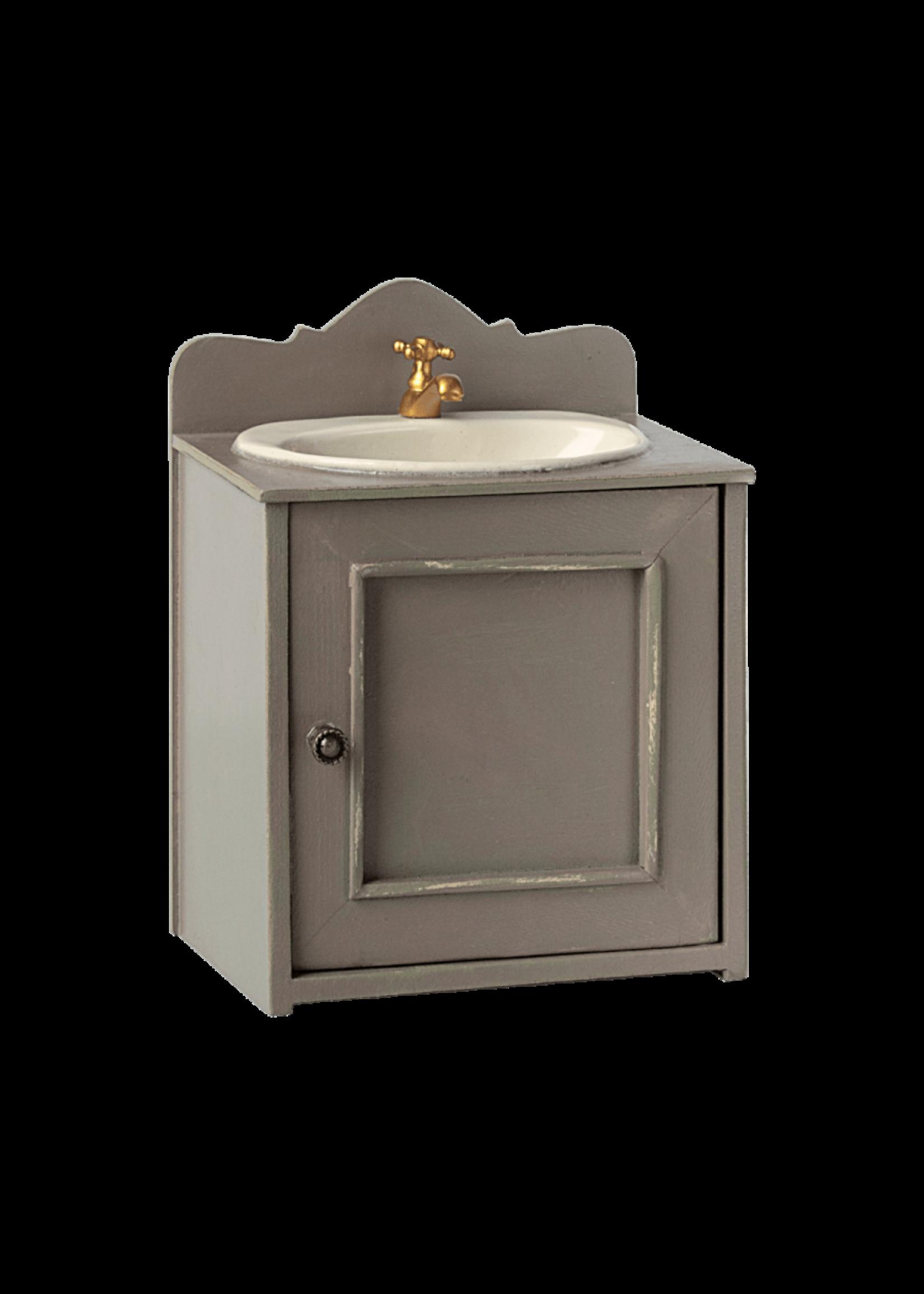 Maileg Mini Bathroom Sink